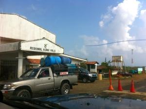 Government checkpoint at Kuna Yala border.